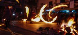 Fallaires de la capital fan rodar el foc.