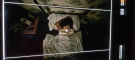 Gio Garcia encarna Edur, el nen que protagonitza 'Under the Ice', que ahir dormia no gaire plàcidament a l'habitació.