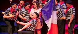 Una singular posada en escena de 'La fille du régiment' va clausurar al juny la 4a temporada d'òpera.