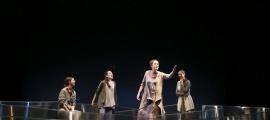 Annabel Castan, Núria Montes, Irina Robles i Jèssica Casal són Margarida, Adriana, Vicenta i Bepa, les quatre dones de Joan-Pere Cerdà: ahir, a l'assaig general al Claror.