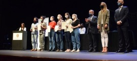 Foto de família dels guanyadors del primer premi, 'ex aequo' per a Moser String Quartet i D'Takita Jam Duo.
