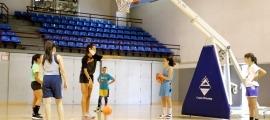 La sessió d'aquest dijous a la tarda del campus de bàsquet femení celebrat a Encamp.