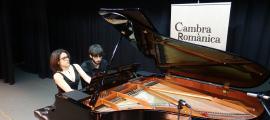 Els pianistes Júlia Fortuny i Bernat Sánchez, a l'auditori del Palau de Gel, on aquest matí ha tingut lloc la final.