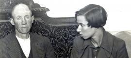La periodista catalana va tenir temps d'entrevistar-se amb el coronel Baulard i amb el síndic Palleres, destituït a mitjans agost.