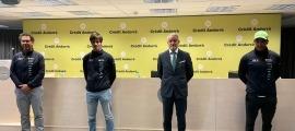Fred Beauviel, Roger Vidosa, Joan Ramon Mas i Joan Verdú, a la seu de Crèdit Andorrà abans de començar la roda de premsa. Foto: FAE