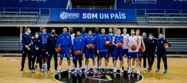 El BC MoraBanc va tornar a entrenar en grup, ahir al Poliesportiu d'Andorra. Foto: Martin Imatge