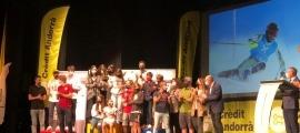 La Federació Andorrana d'Esquí va fer ahir l'entrega dels premis nacionals. Foto: FAE
