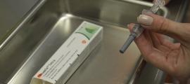Una persona es vacuna de la grip en el marc d'una campanya anterior.