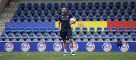 Eder Sarabia s'enfrontarà a un tècnic d'un estil ben similar, Rubén de la Barrera. Foto: FC Andorra