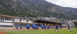 L'FC Andorra es va entrenar abans de marxar del país a l'Estadi Comunal. Foto: FC Andorra