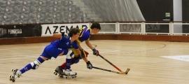 La selecció U17, amb jugadors molt joves, ja suma dues derrotes a Portugal. Foto: Federació Andorrana de Patinatge