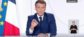 El president francès, Emmanuel Macron, aquest dimarts, durant el discurs en què ha anunciat el relaxament de les restriccions.