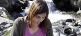 Eva Arasa debuta amb el poemari 'Les oliveres i altres paisatges perduts'.