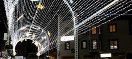 ANA/ Túnel de llums instal·lat a la plaça de la Rotonda