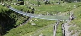 El nou Pont Tibetà dels Cortals d'Encamp.