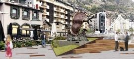 Al costat de l'escultura de Dalí s'aixecarà una tarima per facilitar la visió.