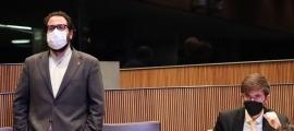 Els parlamentaris socialdemòcrates Carles Sánchez i Roger Padreny al Consell General.