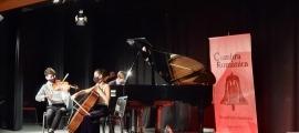 Actuació del Trio Jakobs a la final d'aquest migdia al Palau de Gel.