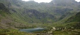Vista dels llacs de Tristaina.