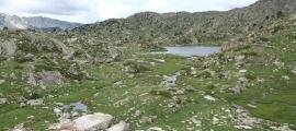 Vistes de la vall del Madriu des del refugi de l'Illa.