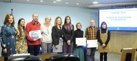 Foto de família dels guanyadors de la 24a edició del Premi Pirene de periodisme interpirinenc.
