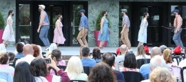 El cos de dansa ha sigut e primer a sortir a l'escenari habilitat a la plaça de la Germandat.