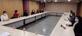 Un instant de la reunió entre Vilarrubla i la nova junta del SEP.
