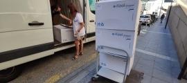 L'arribada de les vacunes de Portugal a l'hospital Nostra Senyora de Meritxell.
