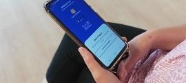 Per entrar a l'app cal posar el certificat digital.